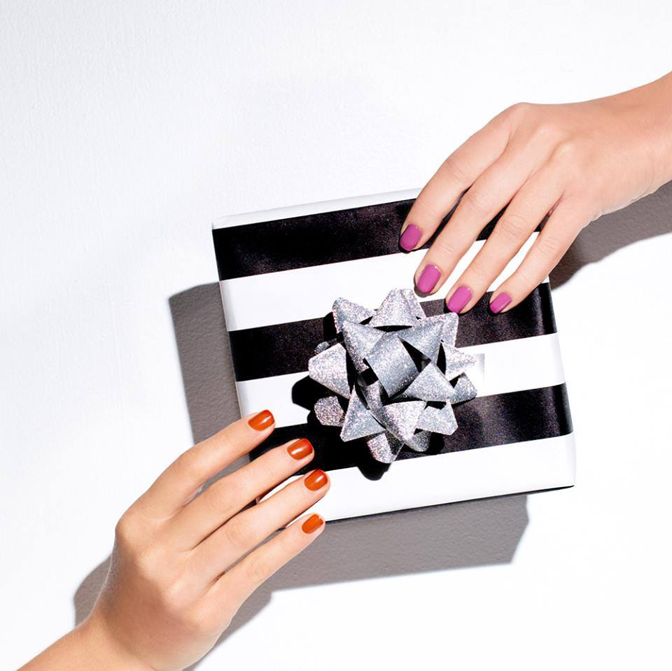 2-OPI-GIFTS-AND-GIFT-SETS
